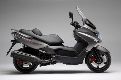 Kymco Xtown 250 Negro Mate 2020 / Sauma Motos.