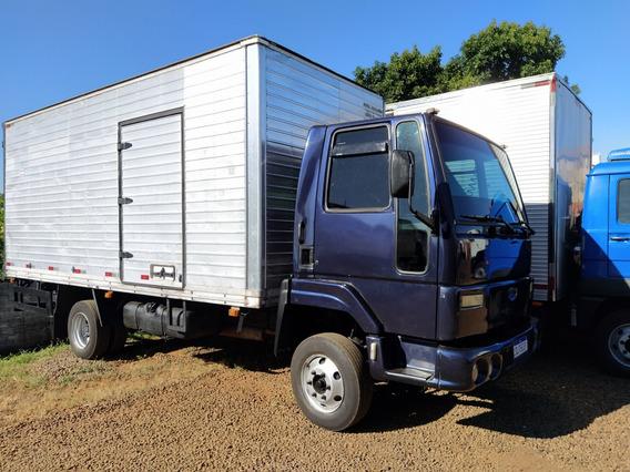 Ford/cargo 815 2004 Baú