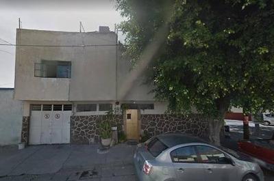 Casa De Remate En Del Fresno, Guadalajara