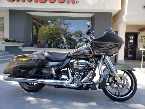 Road Glide 2017 Motor 107 Milwakee Eight Hard Candy Flakes