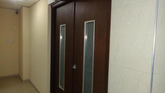 Apartamento En Venta Del Esterah: 19-4815