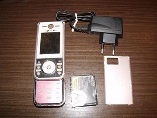 Motorola Zn200 Slide Rádio Fm Câmera De 2mpx