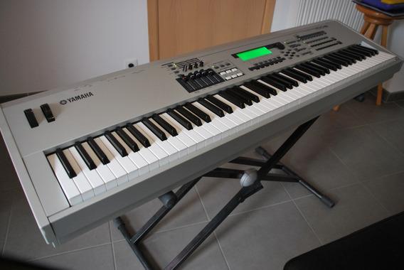 Teclado Piano Yamaha Mo8 - Profesional Sintetizador