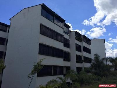 Apartamentos En Venta Hector Gasiba / 17-1694 / 04241746557