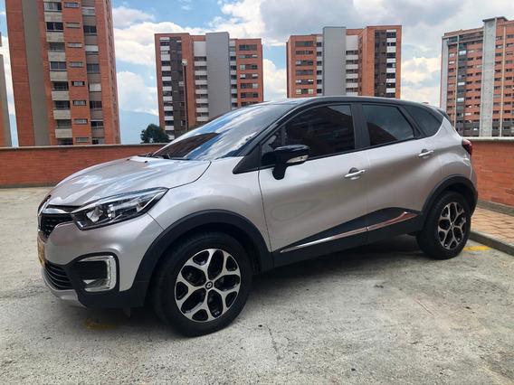 Renault Captur Motor 2.0 Gris Y Negro Full Excelente Estado