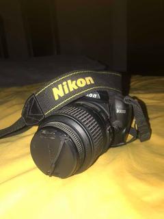 Cámara Profesional Nikon D3000 *usada*