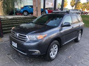Toyota Highlander Base Premium At 2012