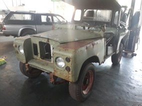 Land Rover Santana 2p
