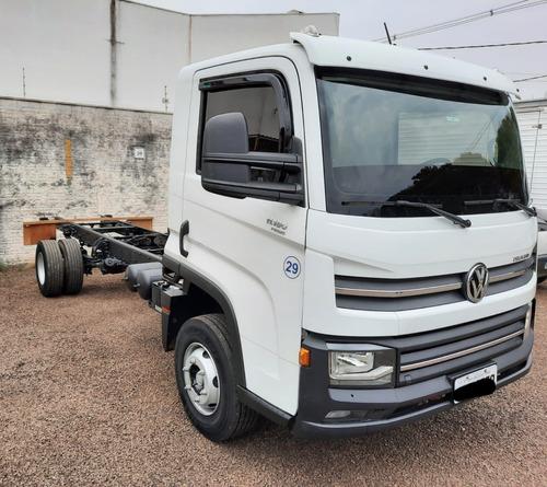 Imagem 1 de 7 de Caminhão Vw Delivery Prime 11.180 2020 - Usado