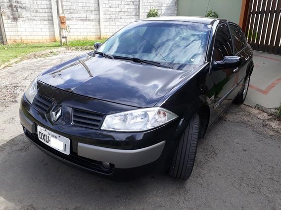 Renault Megane 1.6 Dynamique Hi-flex 4p 2008
