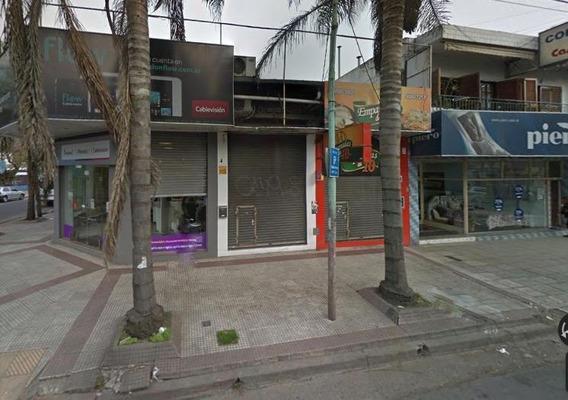 Local Comercial Sobre Calle Salta, Moron Centro Norte