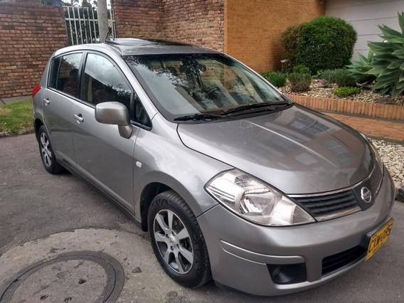 Nissan Tiida Hb Premium 2008