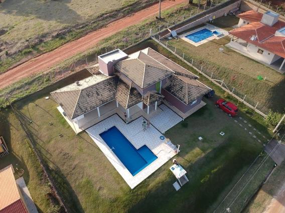 Chácara Em Condomínio Com Área De 1.034 M², Casa Ampla !!