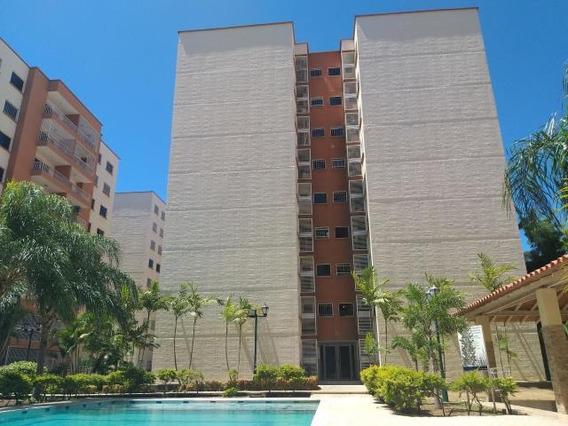 Apartamento En Venta En Barquisimeto 19-15891 Rb
