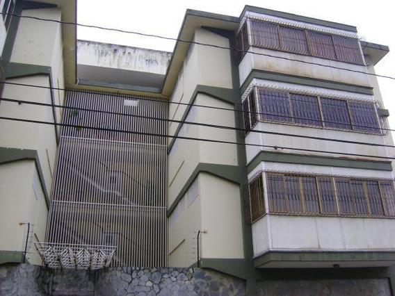 Apartamento En Alquiler Zona Oeste Rhb19-11819