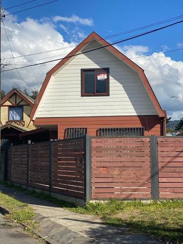 Hermosa Casa En Venta, Las Azales 690-pucón