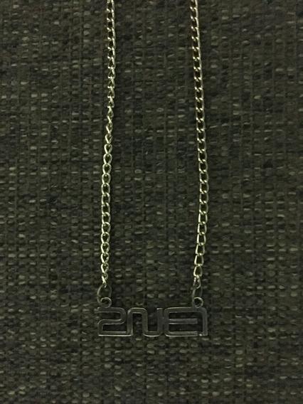 Colar K Pop 2ne1 - Popper Line