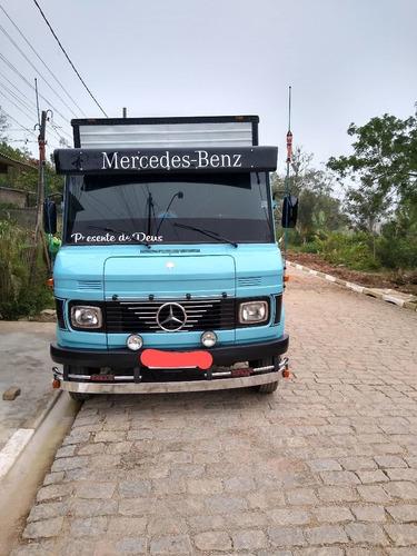 Mercedes Benz  608 D