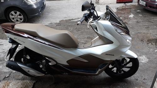 Imagem 1 de 5 de Honda  Pcx Dlx