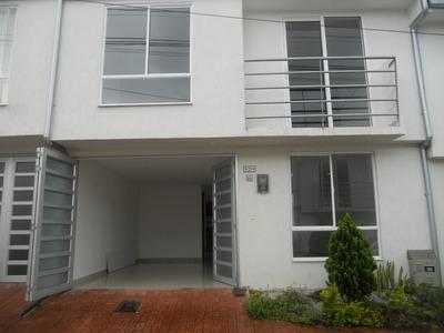 Arrendamiento Casa De 2 Niveles, 4 Habitaciones, Villamaria