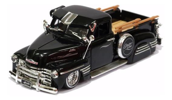 Miniatura Chevrolet Pick Up 1951 Tunada Rebaixada Preta