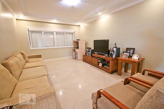 Casa Com 3 Dormitórios E 7 Garagens - Id: 892909608 - 209608