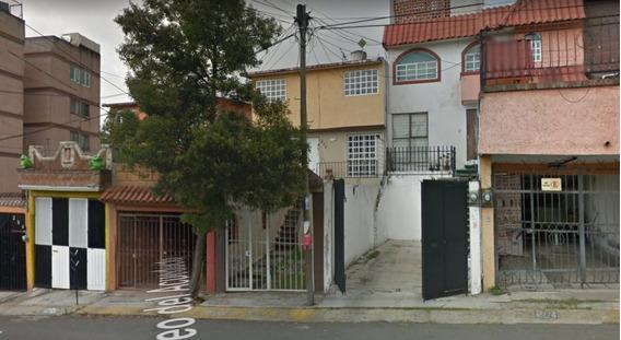Casa En Venta Villas De La Hacienda De Remate Atizapan