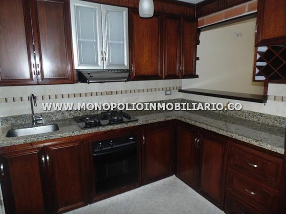 Casa Unifamiliar Arriendo - San Jose Envigado Cod: 11178