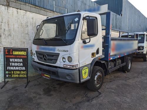 Imagem 1 de 7 de Caminhão 3/4 Carroceria Com Plataforma Hidráulica Mb 1016