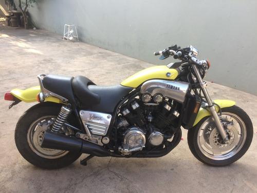Imagem 1 de 8 de Moto Yamaha Vmax 1992 - Único Dono - Restrição De Documento