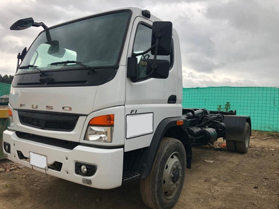 Camion Fuso Con Ampliroll - Camion Freightliner