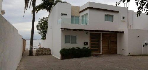 Preciosa Casa En Venta En La Cruz De Huanacaxtle