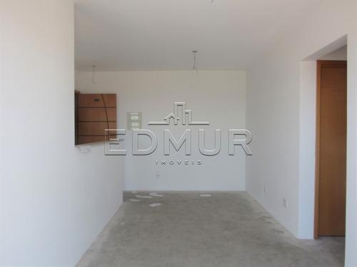 Imagem 1 de 15 de Apartamento - Utinga - Ref: 16987 - V-16987