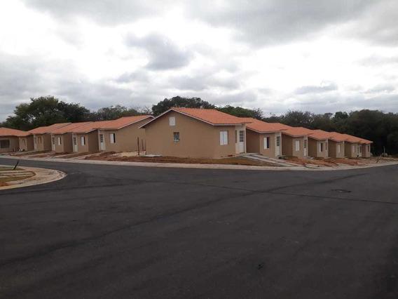 Casa Com Quintal Próx Av Itavuvu. Entrada Parcelada. Use Fgt