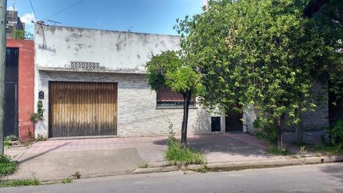Venta Casa 4 Amb 210 M2 Cochera Terraza Valentin Alsina Lanus