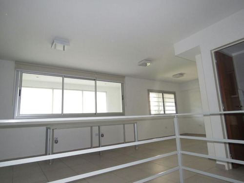 Duplex 2 Dormitorios  Y 81 Mts 2-cochera - La Plata