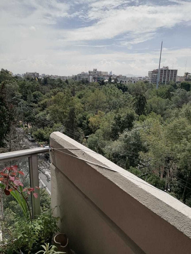 Imagen 1 de 4 de Nápoles Vista Al Parque