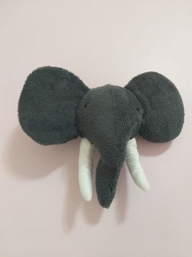 Imagem 1 de 8 de Cabeça De Parede De Pelúcia Elefante