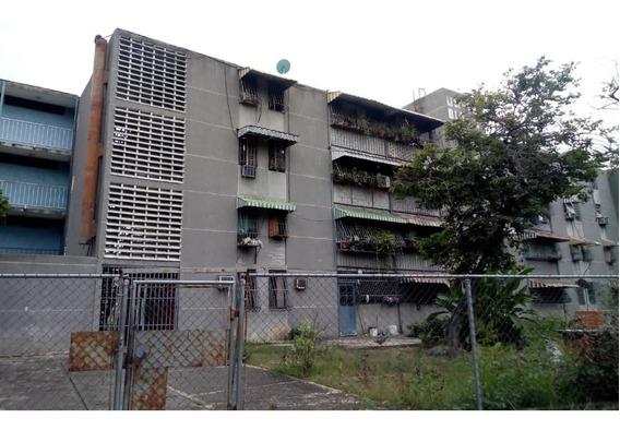 Apartamento / Caña De Azúcar / Ovidio Gonzalez / 04163418694