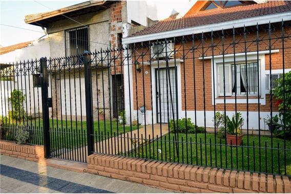 Venta De Casa En Luis Guillón