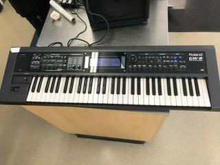 Roland Gw-8 Keyboard Synthesizer