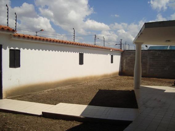 Rah: 20-3628. Casa En Alquiler En Barquisimeto