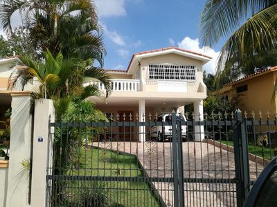 Casa Amueblado En Arroyo Manzano