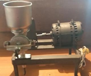 Molino De Maiz Con Motor Electrico Para Maiz Granos (150vrd)