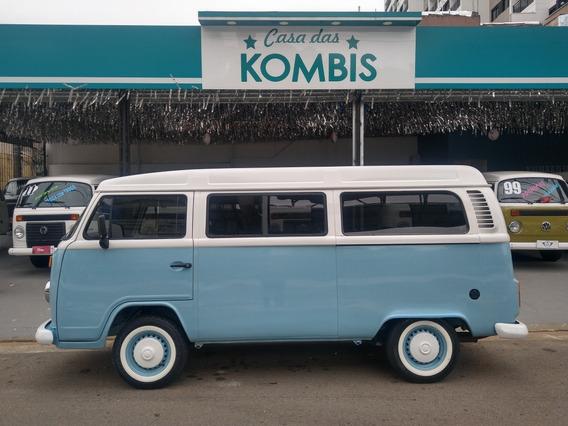 Volkswagen Kombi 2008 1.4 Standard Total Flex 3p