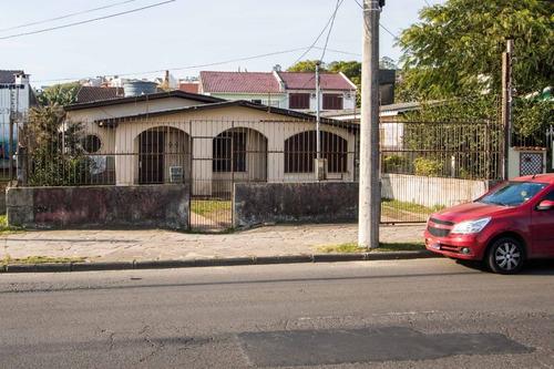 Casa Em Cavalhada Com 3 Dormitórios - Lu429186