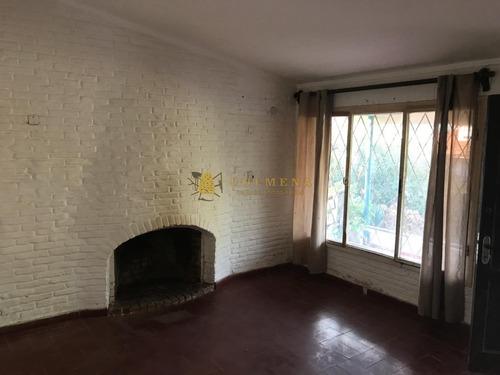 Muy Solida Casa A Reciclar Ideal Para Vivir Todo El Año!- Ref: 1971