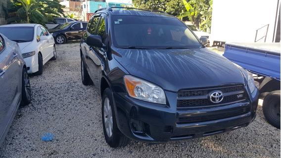 Jeepeta De Renta Toyota Rav-4 2012