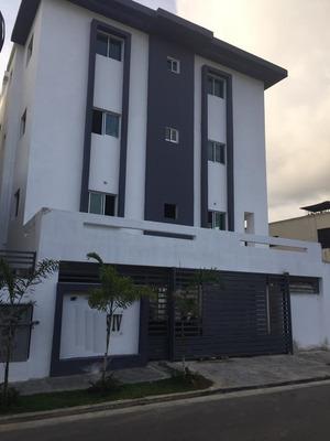 Apartamento De 3 Habitaciónes En Miramar Av. Independencia