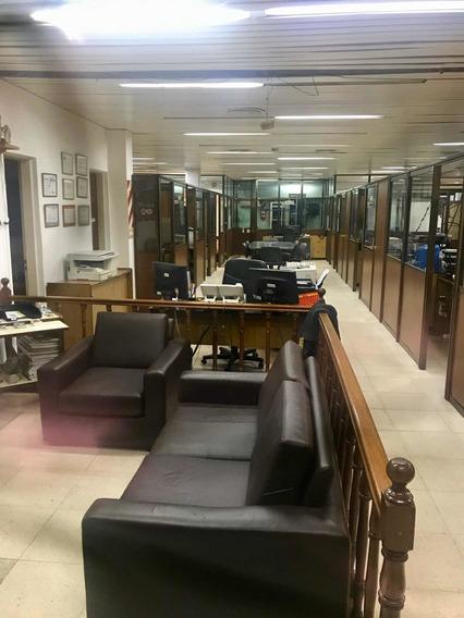 Galpón Con Local Y Oficinas 750 M2 Cubiertos